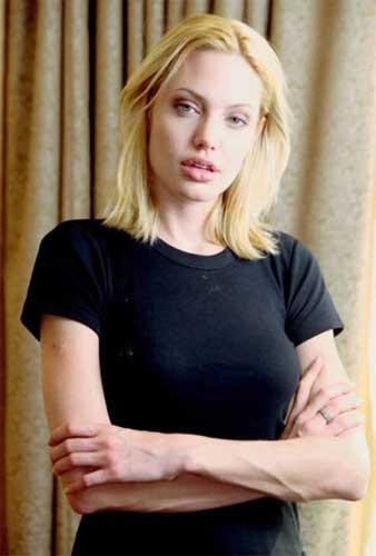 Angelina Jolie Plastic Surgery Nose Job,Chin Implant,Facelift-9831