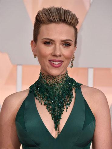 Scarlett Johansson young